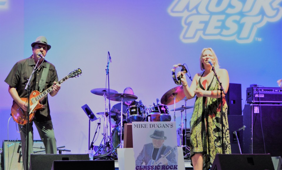Mike's ultimate concert/festival band draws from his vast repertoire of rock classics!